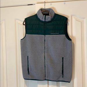 Vineyard Vines Forest Green Men's Medium (M) Vest